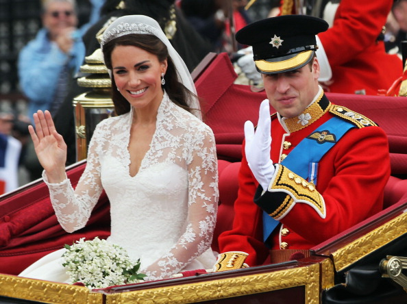 Prince William and Kate Middleton at their wedding on April 29, 2011 in London (Photo by Sean Gallup/Getty Images)