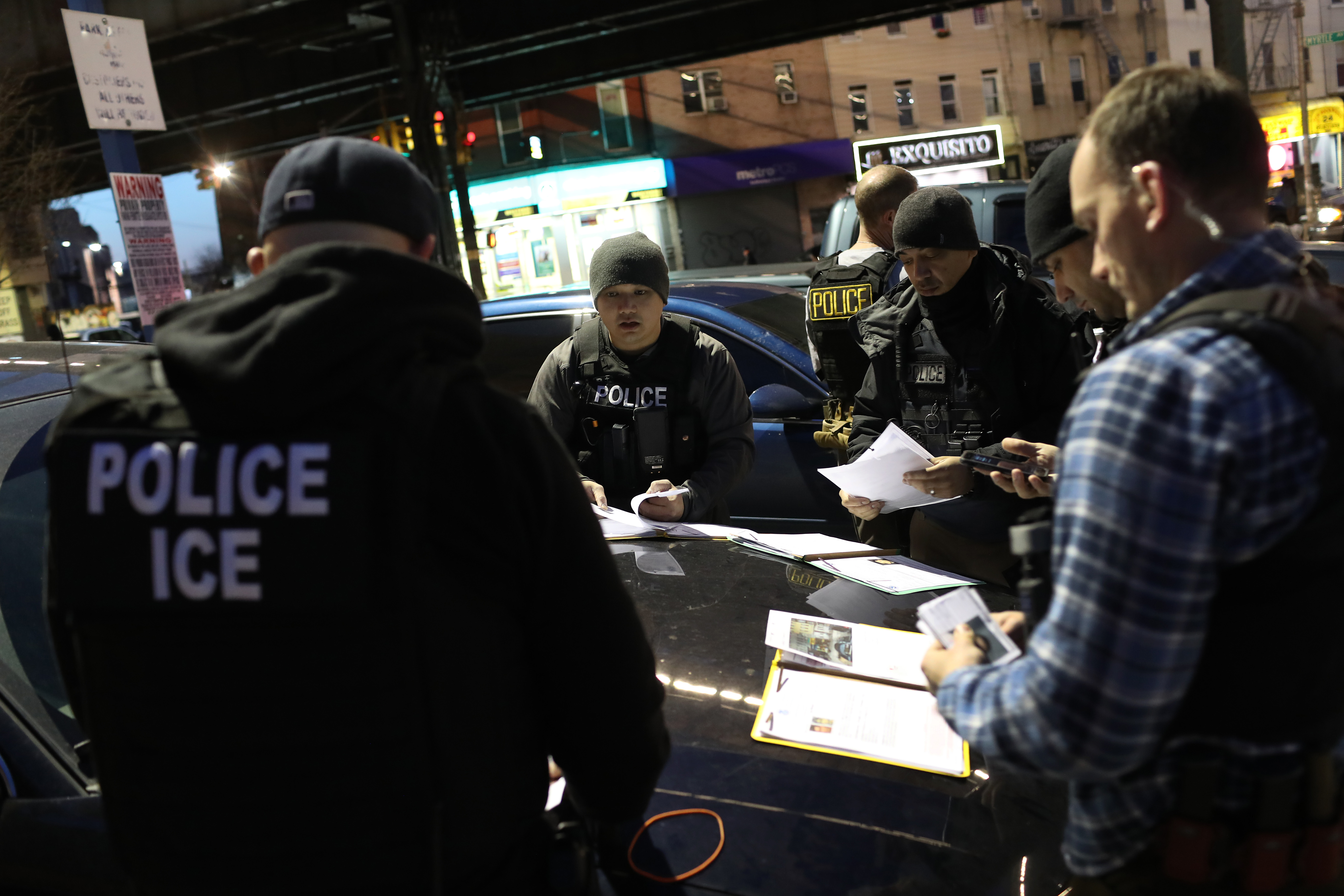 U.S. Immigration and Customs Enforcement (ICE), officers prepare for morning operations to arrest undocumented immigrants on April 11, 2018 in New York City. (Getty Images)