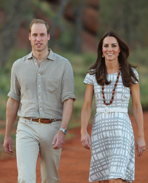 Prince William and Kate Middlet on April 22, 2014 in Ayers Rock, Australia (Photo by Scott Barbour/Getty Images)