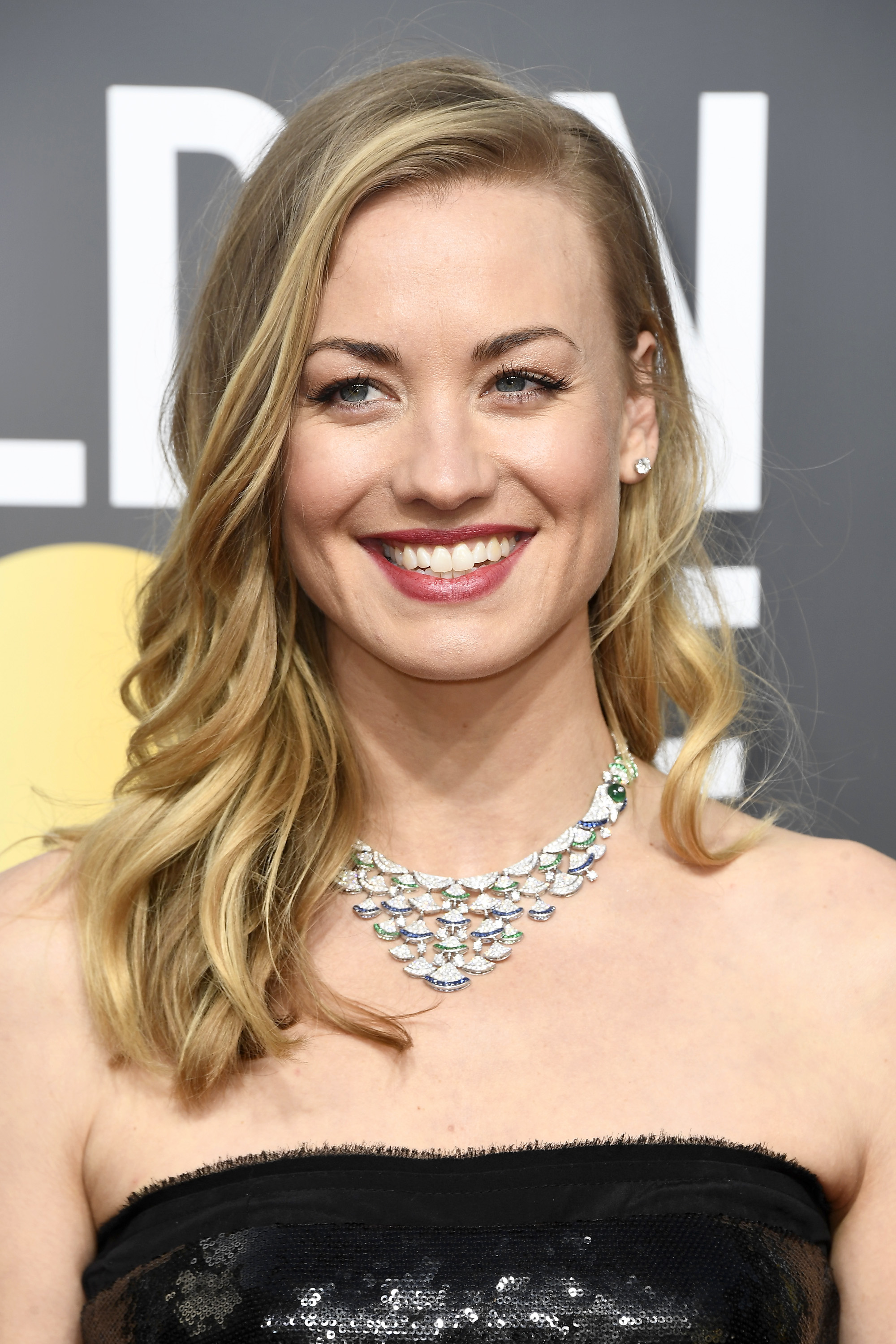 Actor Yvonne Strahovski attends The 75th Annual Golden Globe Awards at The Beverly Hilton Hotel on January 7, 2018 in Beverly Hills, California.