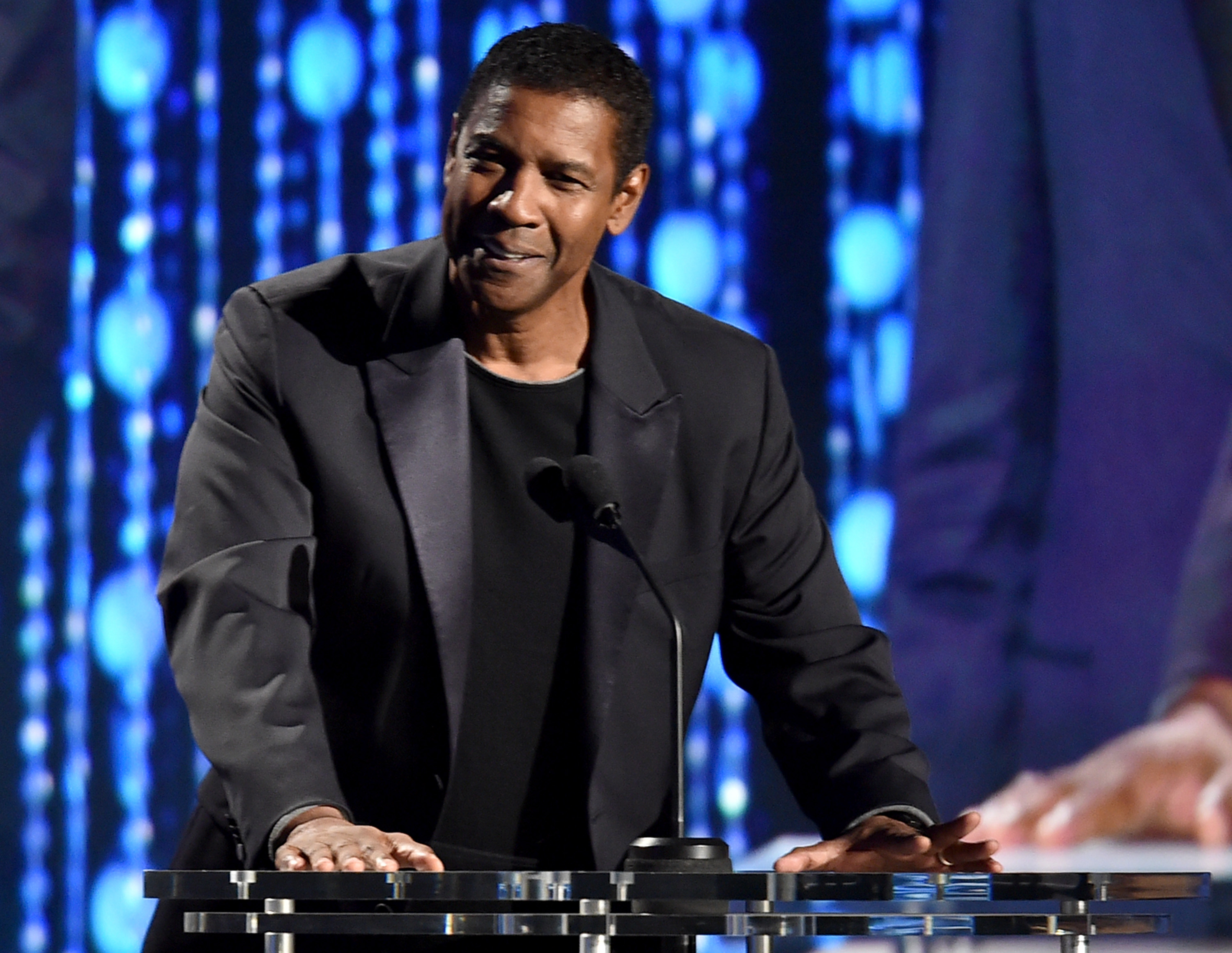 Denzel Washington speaks onstage during the Academy of Motion Picture Arts and Sciences' 7th annual Governors Awards at The Ray Dolby Ballroom at Hollywood & Highland Center on November 14, 2015 in Hollywood, California. (Getty Images)