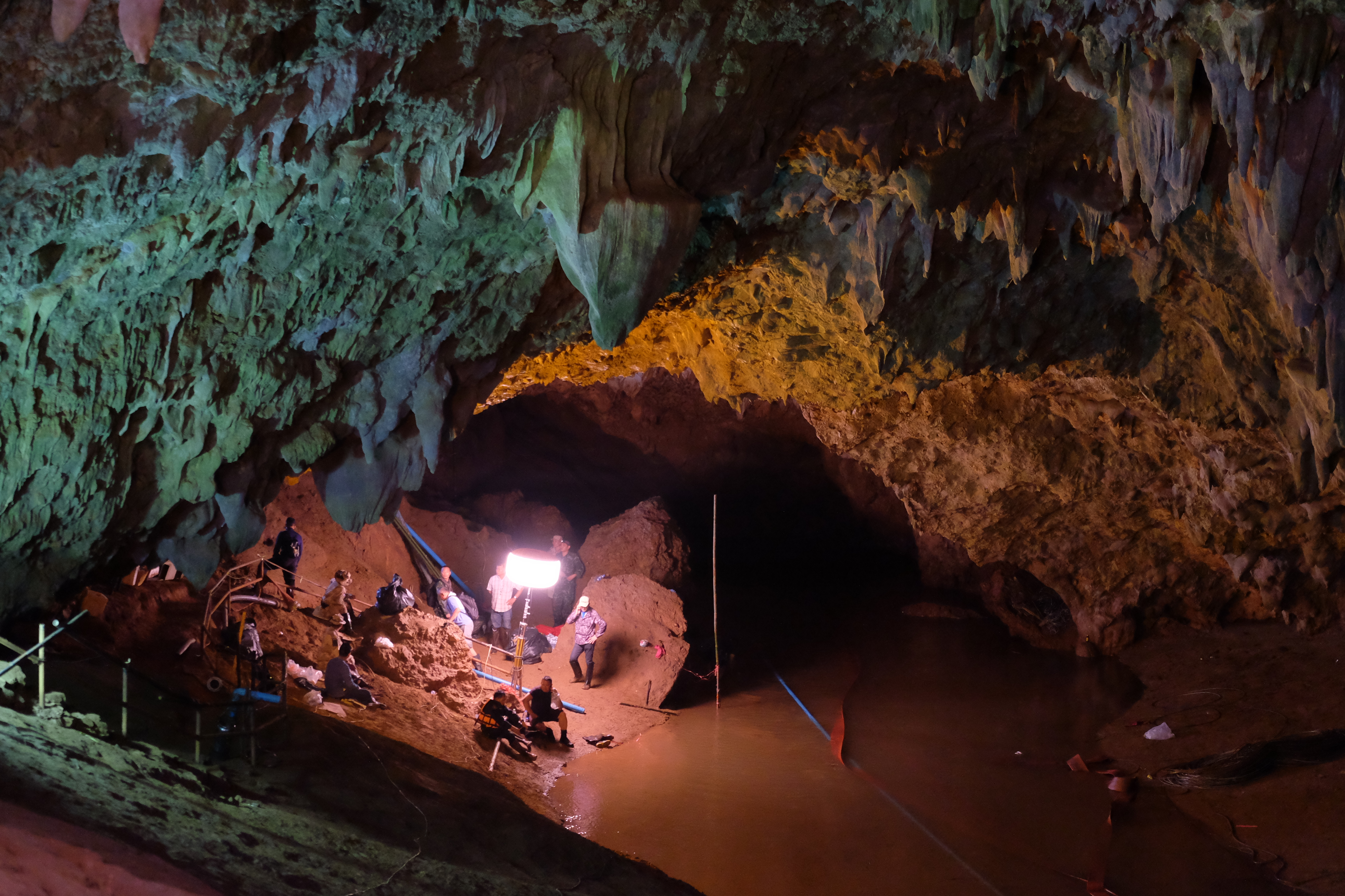 Rescuers install a water pump inside Tham Luang Nang Non cave on June 28, 2018 in Chiang Rai, Thailand. (Getty Images)